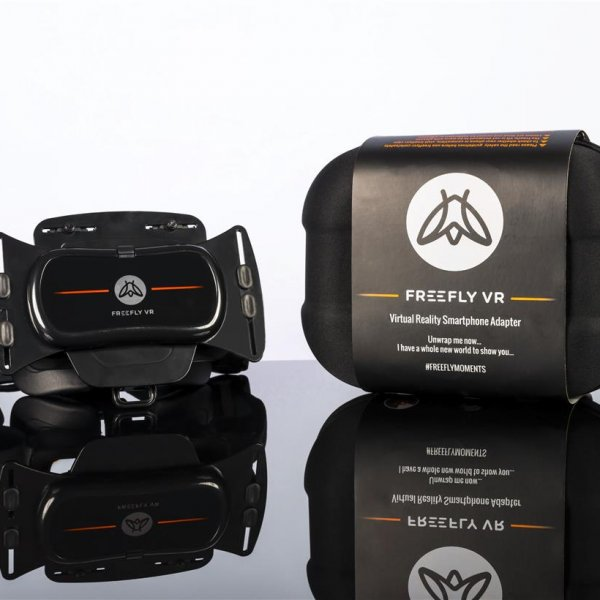 Freefly VR Virtual Reality Headset + Controller